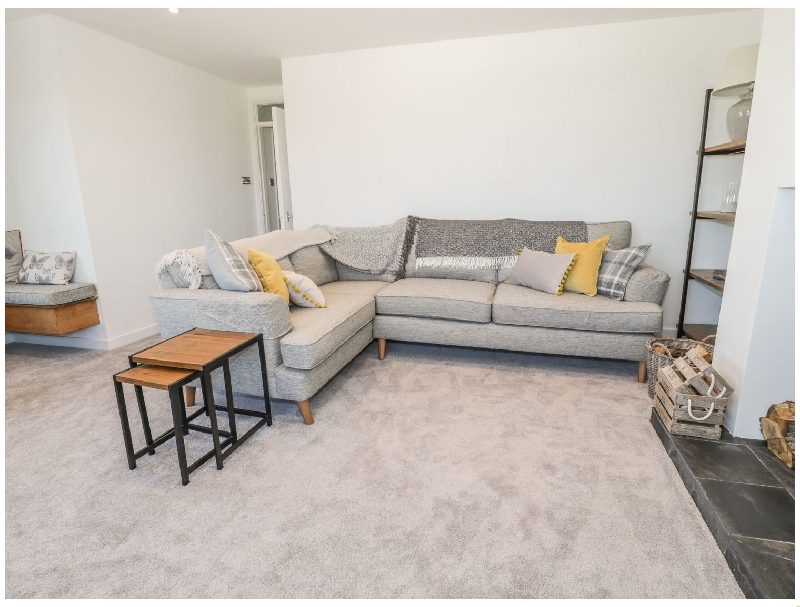 Click here for more about Wynding Apartment