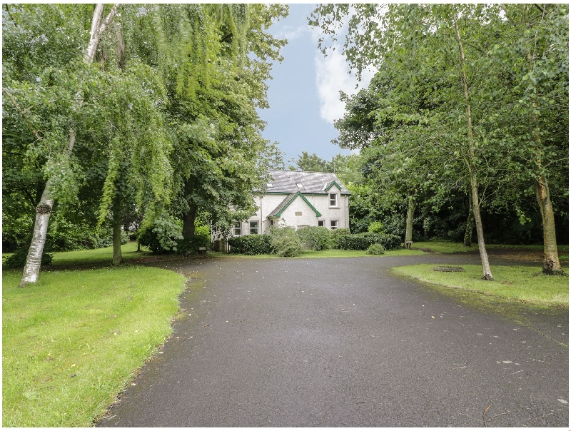 Click here for more about Groom's Cottage